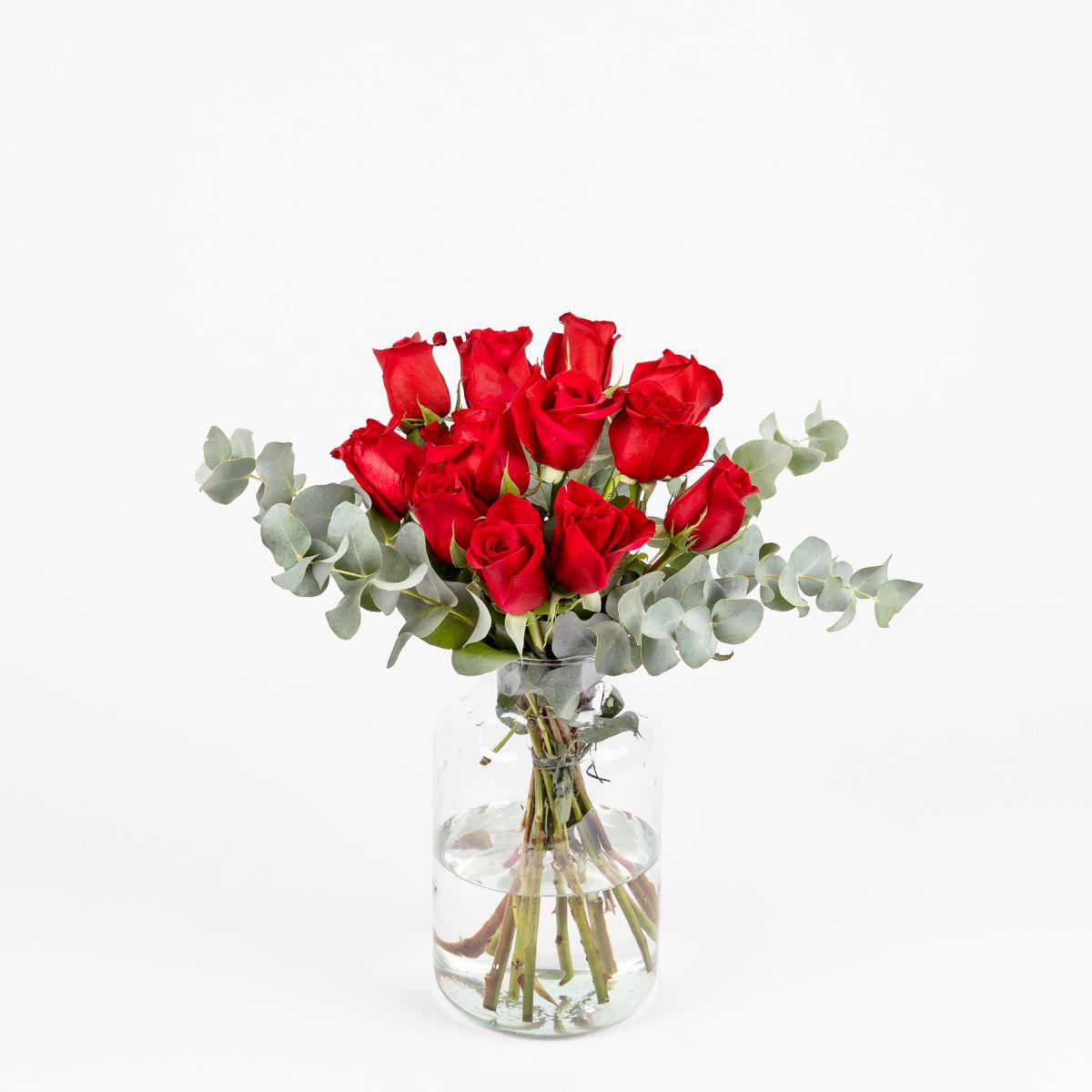 12 Rose per i Coraggiosi