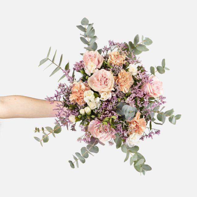 Strauß mit rosa Rosen und Nelken nach Hause schicken