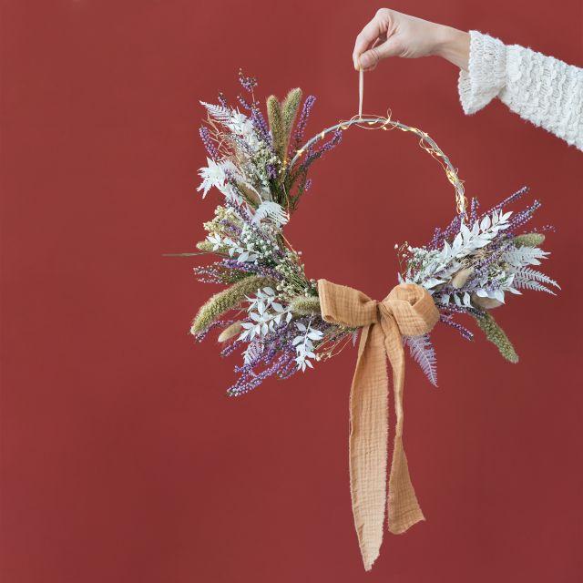 Invia online la corona di Natale Boho Wreath