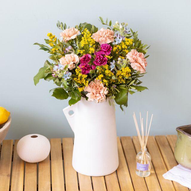 Blumenstrauß und Lavendel Raumerfrischer online verschicken