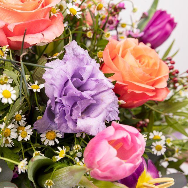 Invia online rose e tulipani alla pesca
