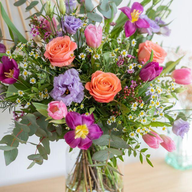 Bouquet di fiori online di tulipani e rose viola