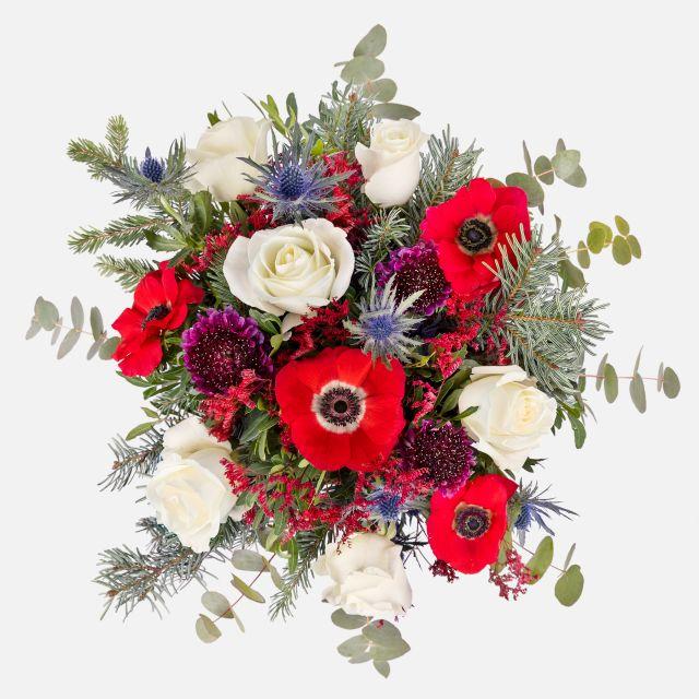 Bouquet di fiori di anemone e rose