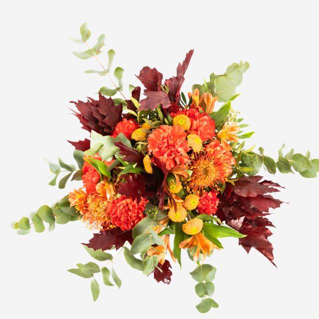 Blumenstrauß mit frischen Astromelien
