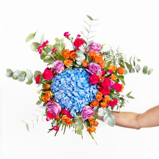 Invio online bouquet di ortensie azzurre e rosa