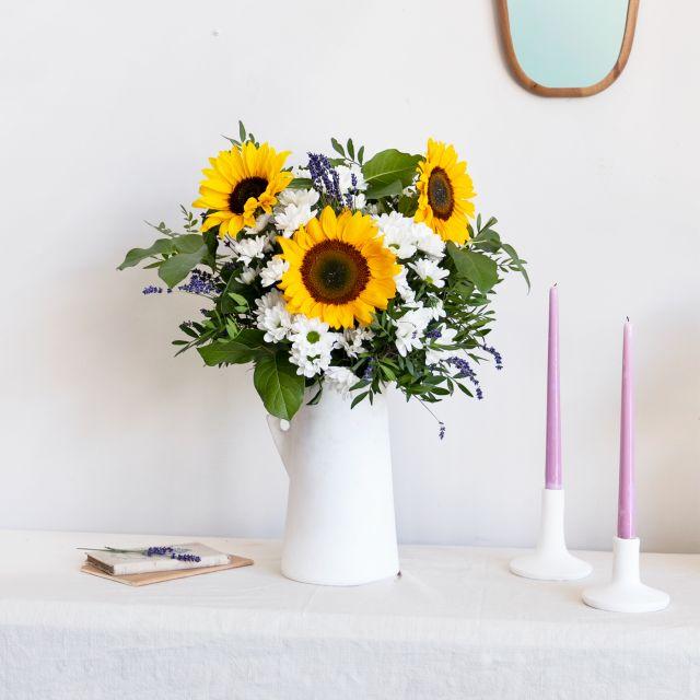 Enviar a domicilio ramo de flores girasoles y lavanda