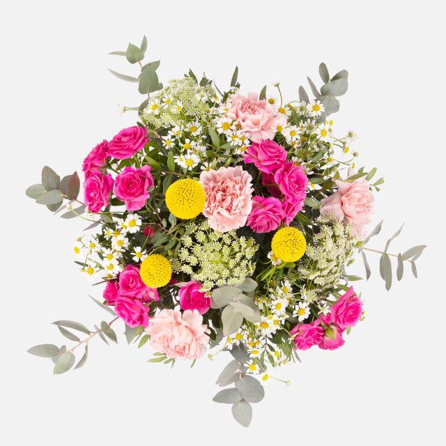 Bouquet di fiori freschi con rose e craspedia
