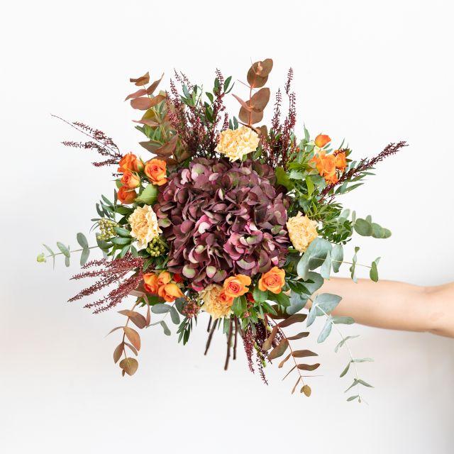 Enviar Ramo con hortensia y erica flor
