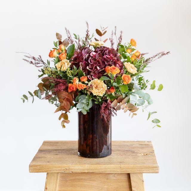 Ramo con hortensia y erica flor Colvin