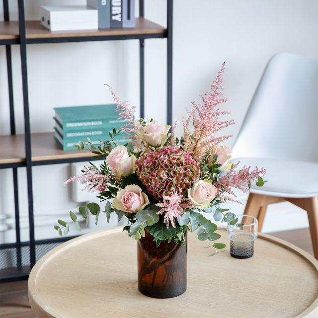 Ramo con hortensia antique y rosas