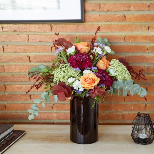 Ramo de flores rosas y claveles blancos a domicilio