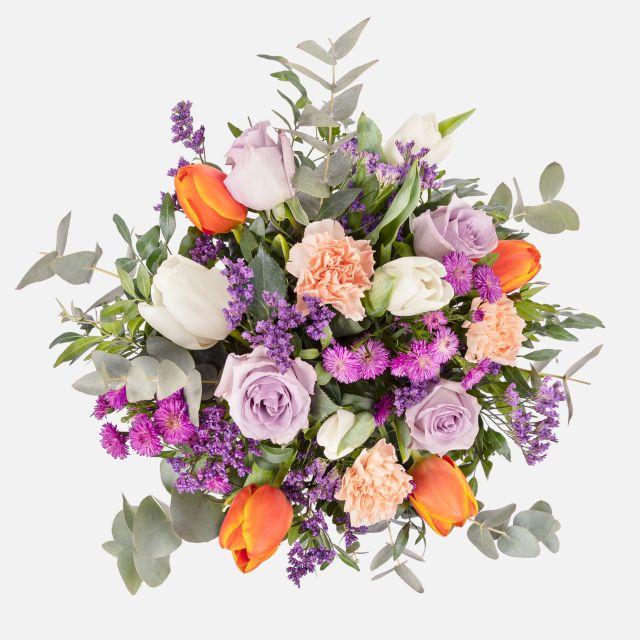 Ramos de flores para decorar tulipanes e rosas