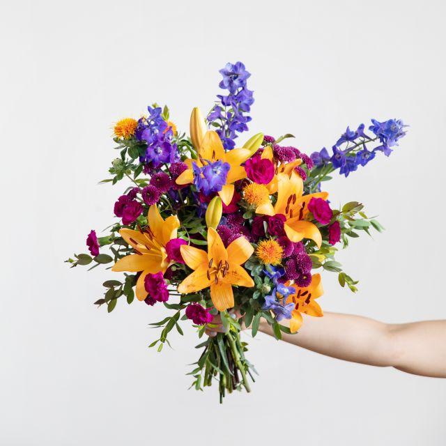 Bouquet di crisantemi e garofani a domicilio
