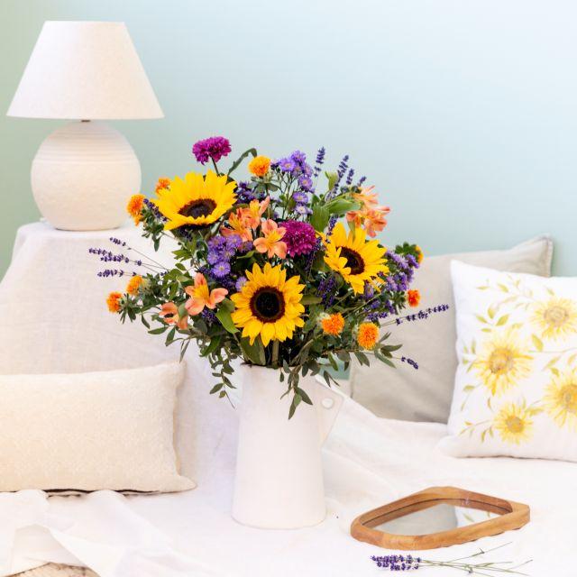 Enviar a domicilio ramo de flores girasoles y crisantemos