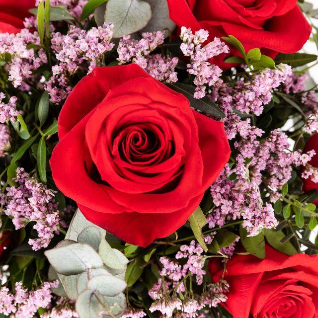 Ramo de flores con Rosas Rojas