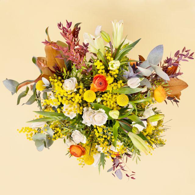 Enviar ramo de flores a domicilio con mimosa y tulipanes