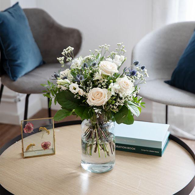 Blumenstrauß aus weißen Rosen versenden