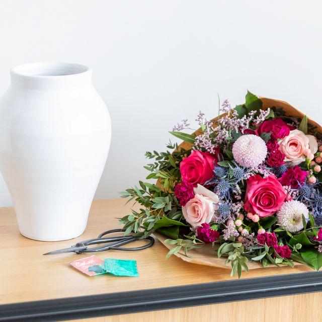 Online Blumenstrauß mit Rosen und Chrysanthemen
