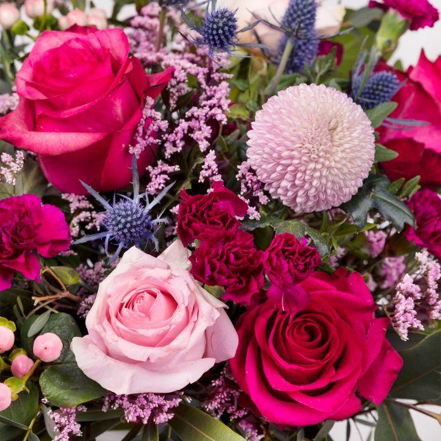 Blumenstrauß mit Rosen und Chrysanthemen nach Hause schicken