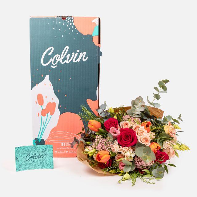 Ramo de flores frescas rosas e flor de arroz