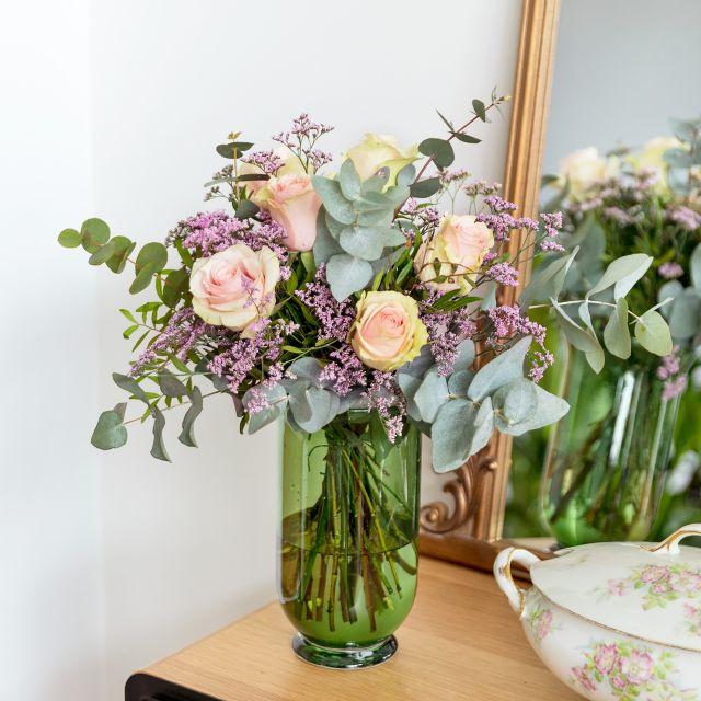 Comprar ramo de rosas rosas y limonium dia de la madre