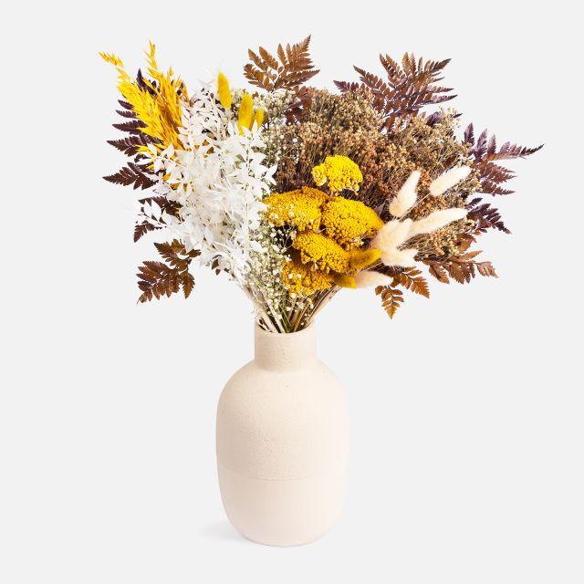 Trockenblumenstrauß mit natürlichen Broom nach Hause verschicken