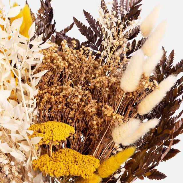 Online-Versand vom Trockenblumenstrauß mit natürlichen Broom