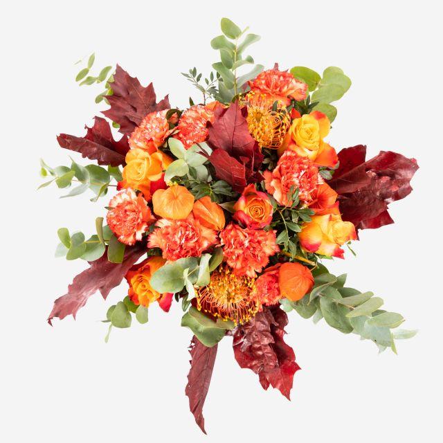 Blumenstrauß mit orangen Farben