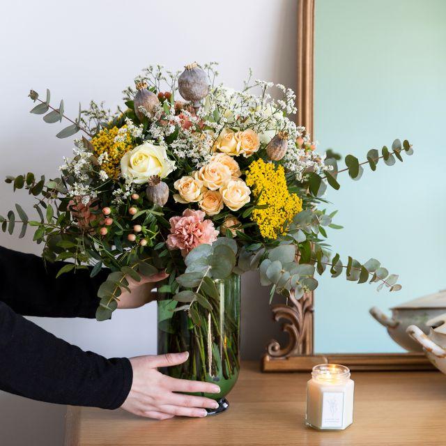 Enviar ramo con rosas y claveles dia de la madre