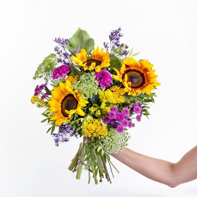 bouquet de girassóis e vasos pacote de oferta