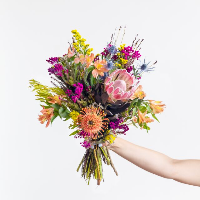Blumenstrauß mit rosa Protea versenden